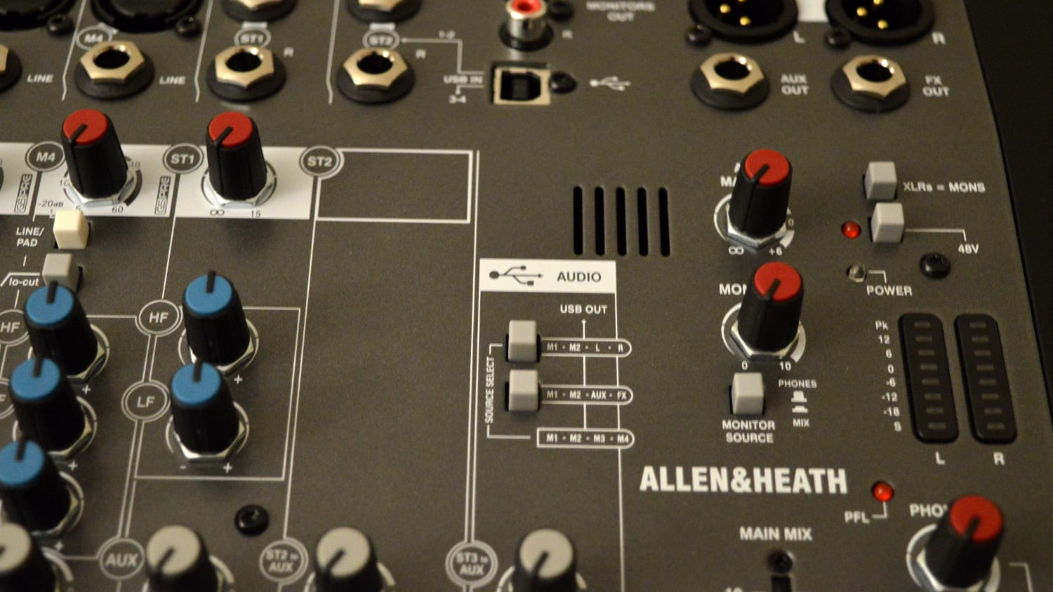 Allen & Heath ZEDi-10 No FX