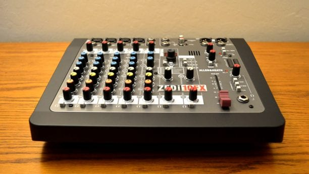 Allen & Heath ZEDi-10FX Bottom