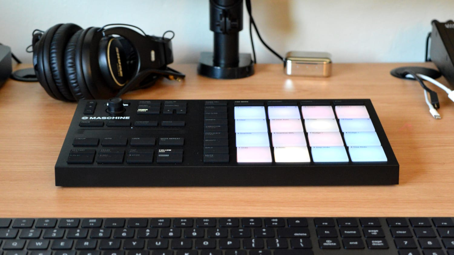 Native Instruments Maschine Mikro Mk3 Review All Things Gear