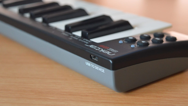 Nektar SE25 Mini Midi Controller Review - All Things Gear