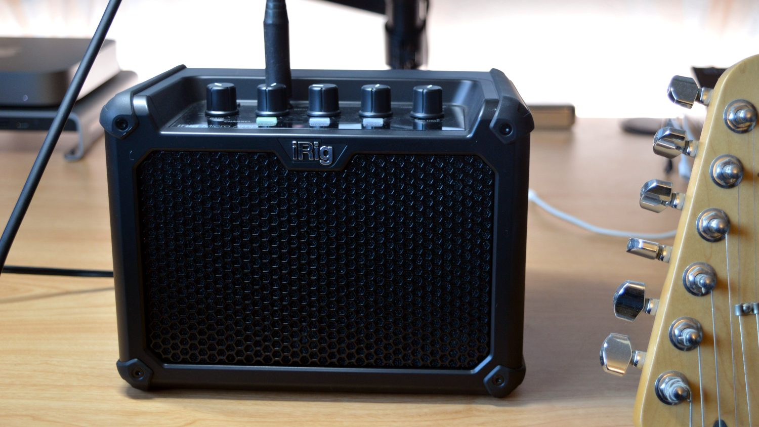 IK Multimedia iRig Micro Amp Main