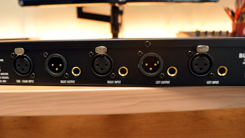 Warm Audio Bus-Comp Back