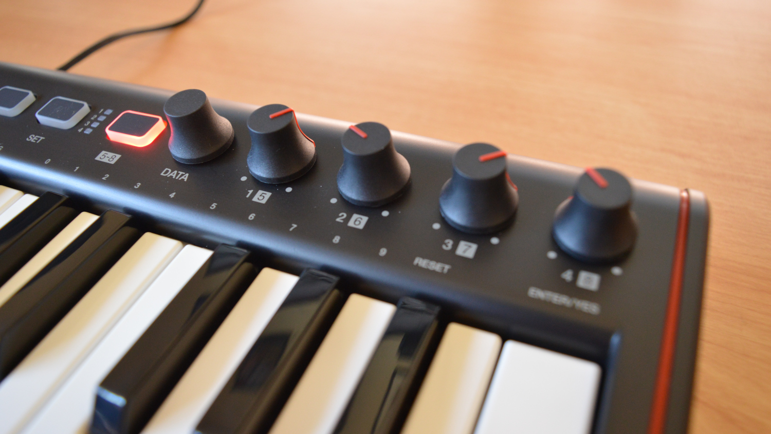 IK Multimedia iRig Keys 2 Mini Knobs